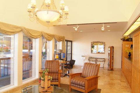 Best Western Plus Inn At The Vines - Lobby