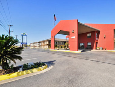 Red Roof Inn San Antonio-Lackland - San Antonio, TX
