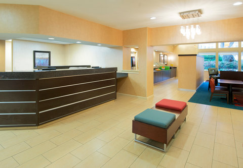Residence Inn Atlanta Buckhead/Lenox Park - Front Desk
