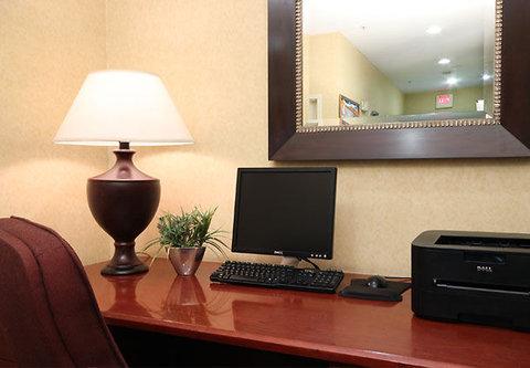 Residence Inn Atlanta Buckhead/Lenox Park - Business Center