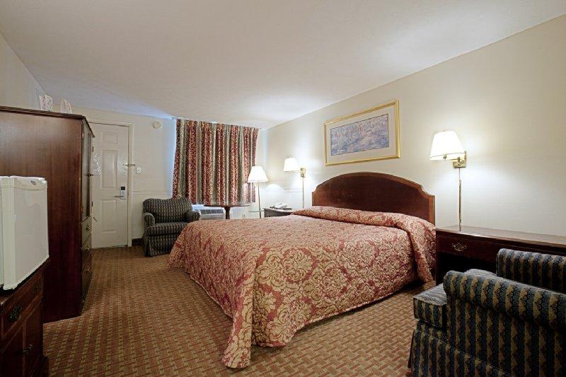 Americas Best Value Inn - Charles Town, WV