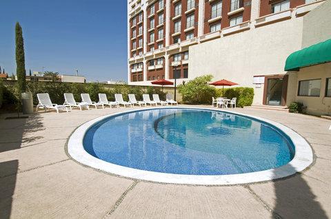 Fiesta Inn Chihuahua - Pool