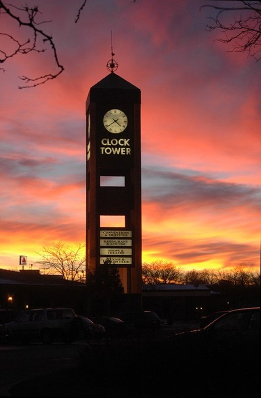 Clock Tower Resort And Conference Center - Rockford, IL
