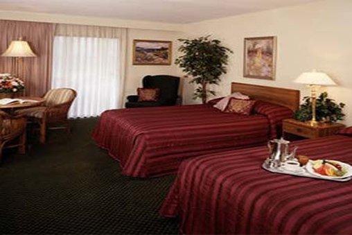 Cape Codder Resort & Spa - Hyannis, MA