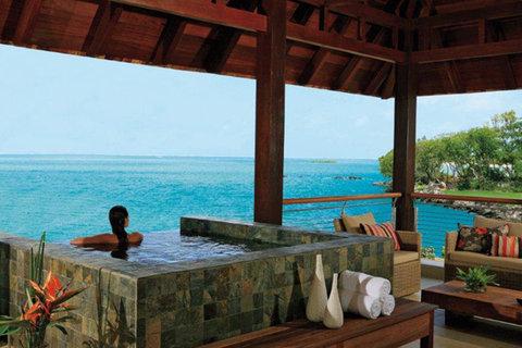 Anahita The Resort - Pool