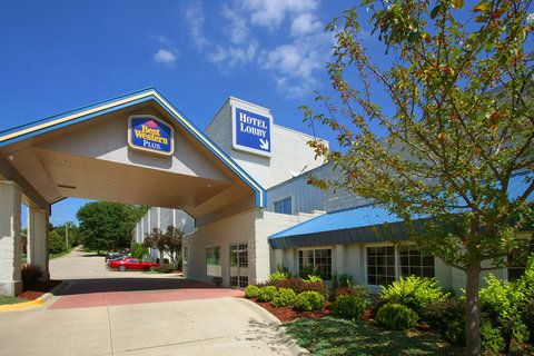 BEST WESTERN PLUS Longbranch Hotel & Convention Center - Hotel Enterance