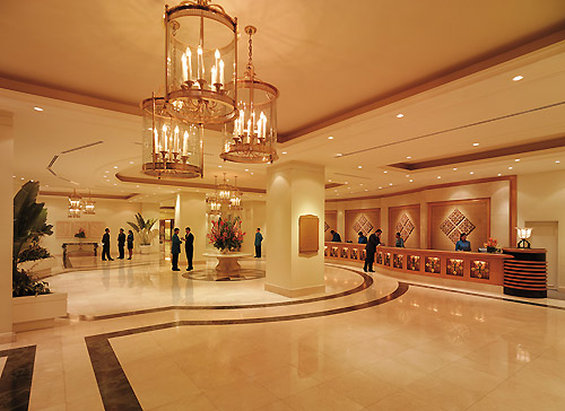 Edsa Shangri La Manila Lobby