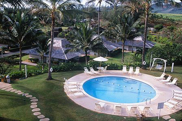 Aston Aloha Beach Hotel