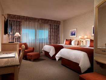 Riviera Hotel & Casino - Room