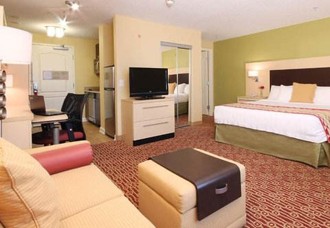 TownePlace Suites Albany Downtown Medical Center Hotel - King Studio Suite