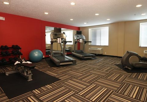 TownePlace Suites Albany Downtown Medical Center Hotel - Fitness Center
