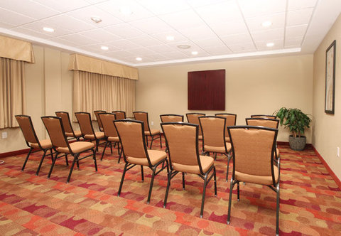 TownePlace Suites Albany Downtown Medical Center Hotel - Meeting Room