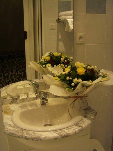 Hotel Ocean - Bathroom