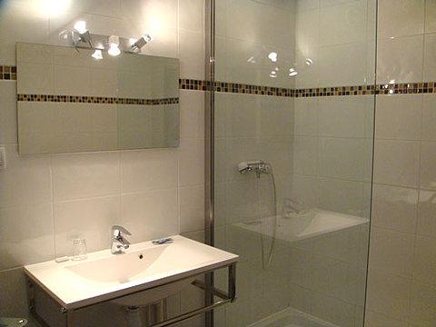 Val De Saone - Bathroom