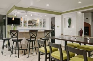 Bar - Hilton Garden Inn Englewood