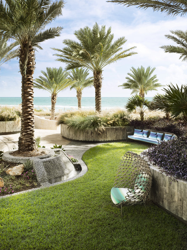 Canyon Ranch Hotel &amp; Spa In Miami Beach