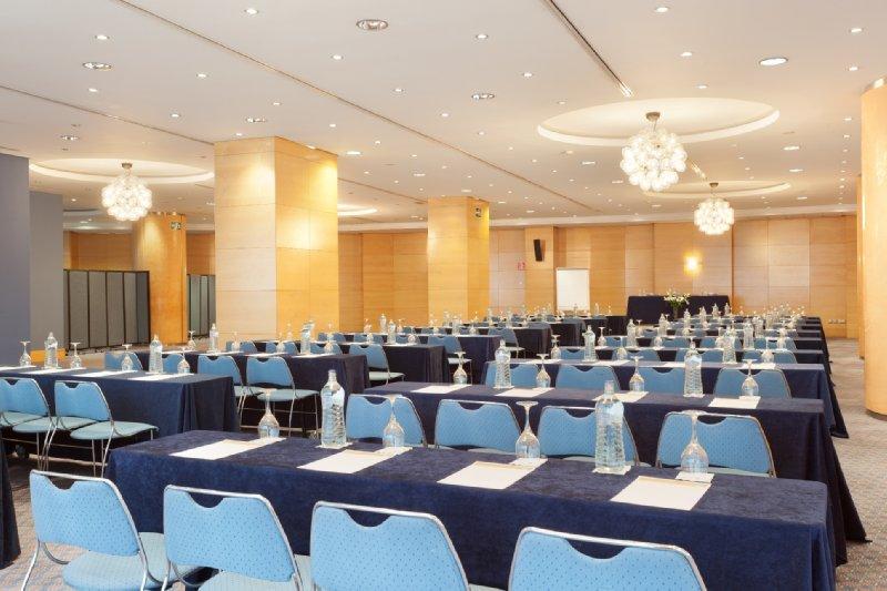 Senator Parque Central Konferenční sál