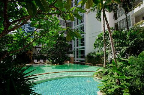 Anantara Baan Rajprasong Serviced Suites - Swimming Pool