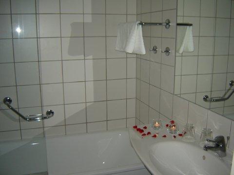First Hotel G - Bathroom