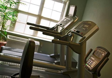 TownePlace Suites Detroit Dearborn - Fitness Center