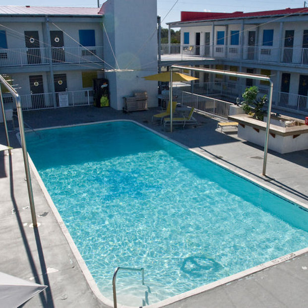 Sea & Breeze Hotel - Tybee Island, GA