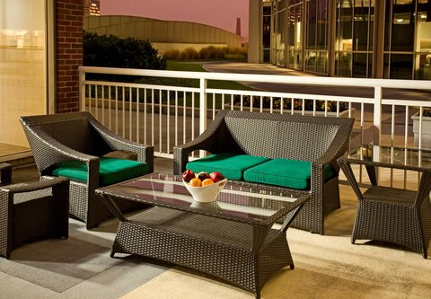 Courtyard By Marriott Downtown Baltimore Hotel - Outdoor Space