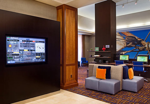 Courtyard By Marriott Downtown Baltimore Hotel - GoBoard