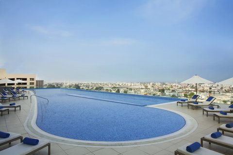 أسكوت بارك بلايس دبي - Metre Temperature Controlled Swimming Pool  HR