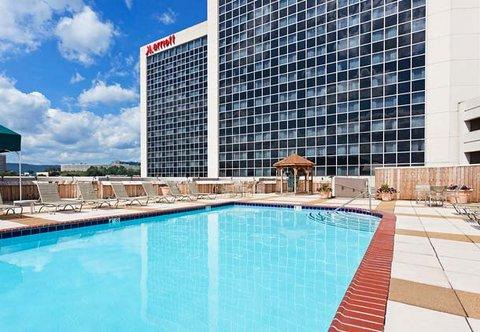 Chattanooga Marriott Downtown - Outdoor Pool