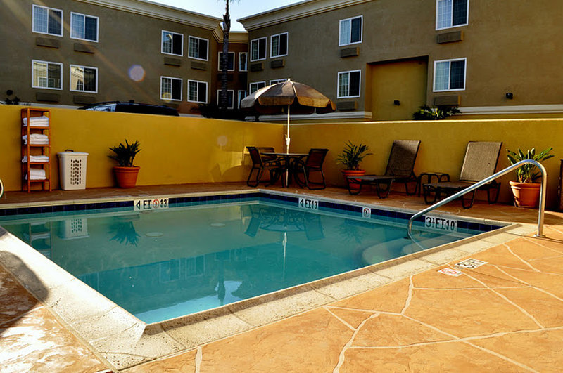 Holiday Inn Express Mission Bay Sea World Area Vista della piscina