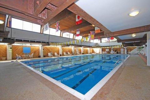BEST WESTERN PLUS Columbus North - Swimming Pool