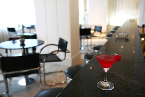 Rockefeller Slaviero Conceptual Hotel - Slaviero Rockefeller Bar