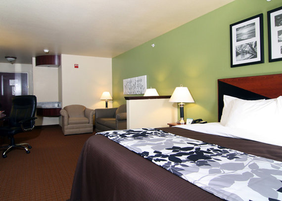 Sleep Inn & Suites - Shamrock, TX