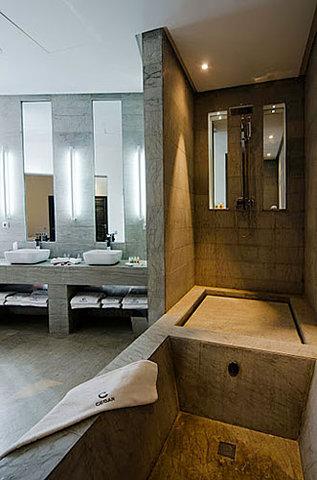 Cesar Resort & Spa - Bathroom