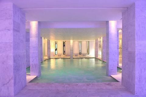 Cesar Resort & Spa - Interior POOL