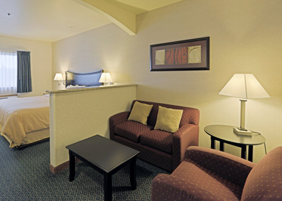 Comfort Suites Portland Airport