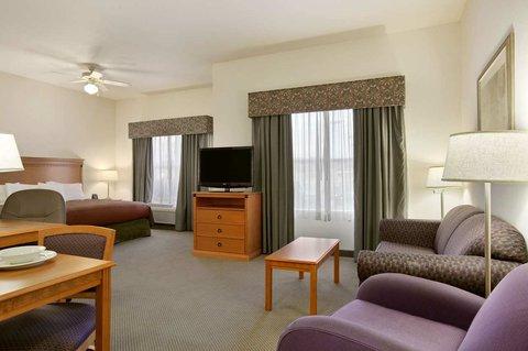 Homewood Suites by Hilton CincinnatiMilford - Accessible King Studio