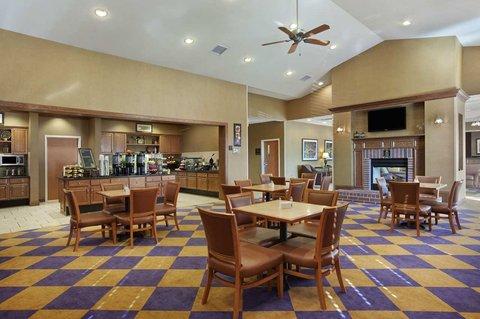 Homewood Suites by Hilton CincinnatiMilford - Dining Area  Lodge