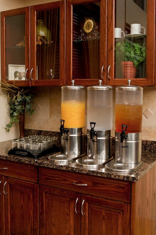 Homewood Suites by Hilton Dallas-Park Central Area Gastronomi