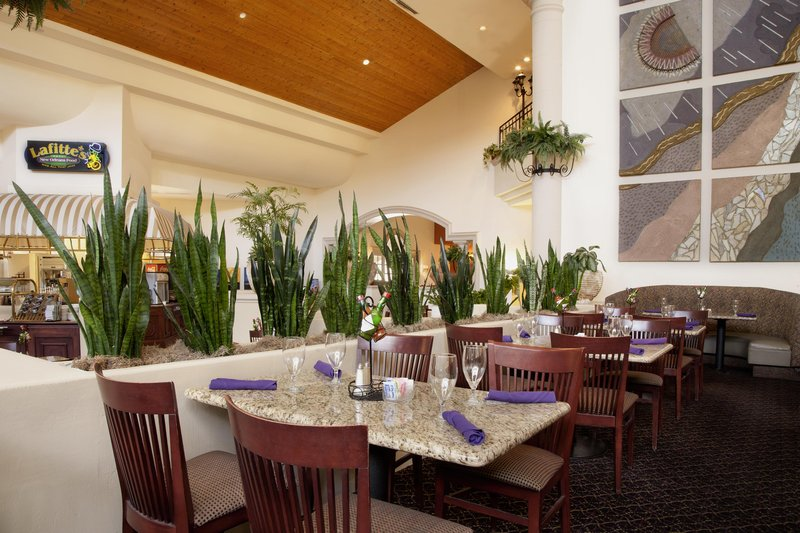 Embassy Suites Phoenix - North 餐饮设施