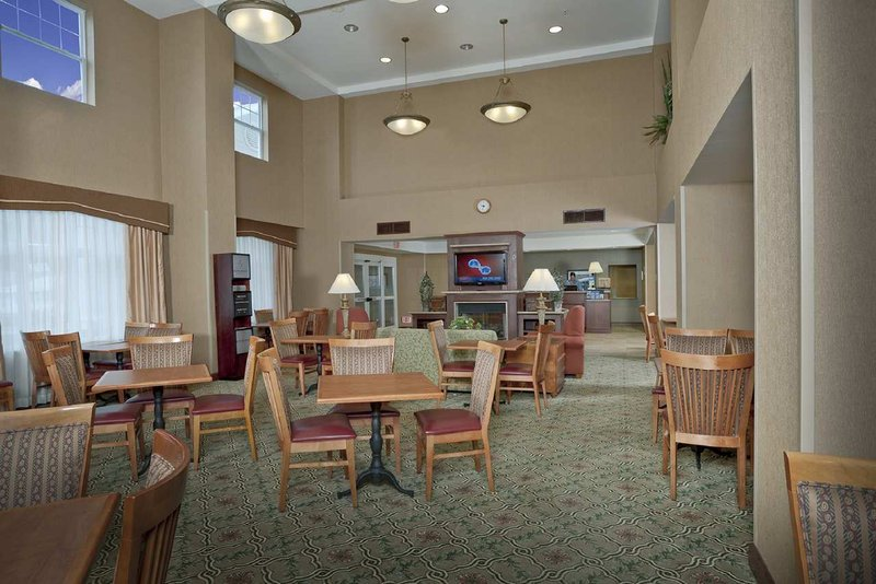 Hampton Inn & Suites - Thomaston, ME