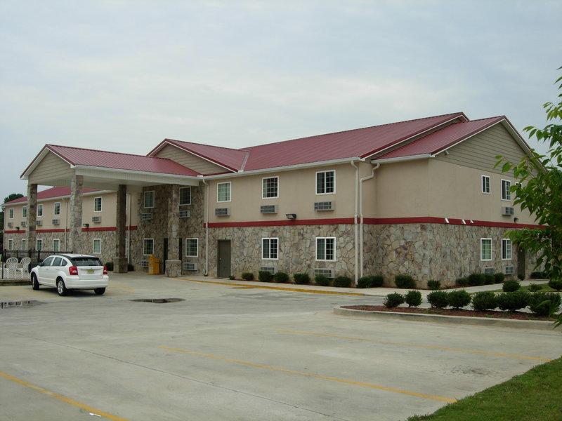 Country Hearth Inn - Fort Payne, AL