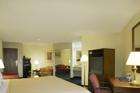 BEST WESTERN Grand Venice Hotel Wedding & Conference Center - King Spacious Room