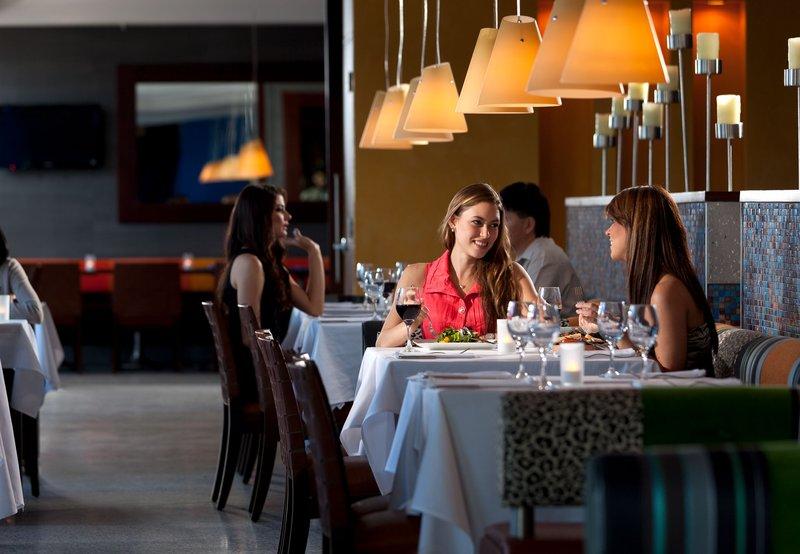 Marriott San Juan Resort and Stellaris Casino Salon/Lobi
