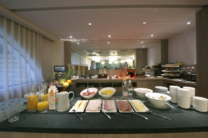 Holiday Inn Lyon-Vaise Gastronomy