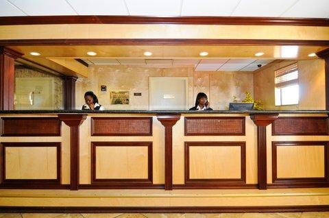 BEST WESTERN PLUS Oceanside Inn - Hotel Reception