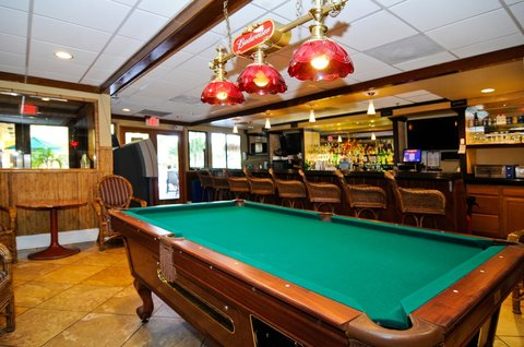 BEST WESTERN PLUS Oceanside Inn - Cocktail Lounge