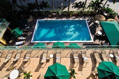 BEST WESTERN PLUS Oceanside Inn - Swimming Pool
