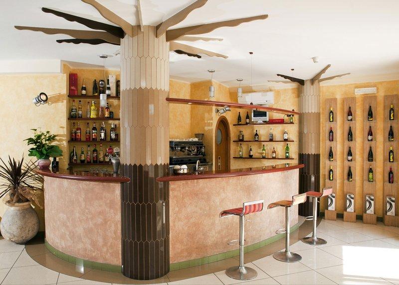 Hotel Garden Bar/Lounge