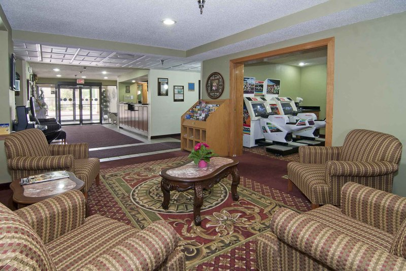 Best Western Plus-Shakopee Inn